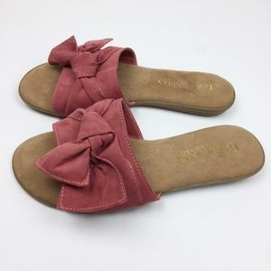 Comfort Soles Bamboo Slide Flats in Size 7